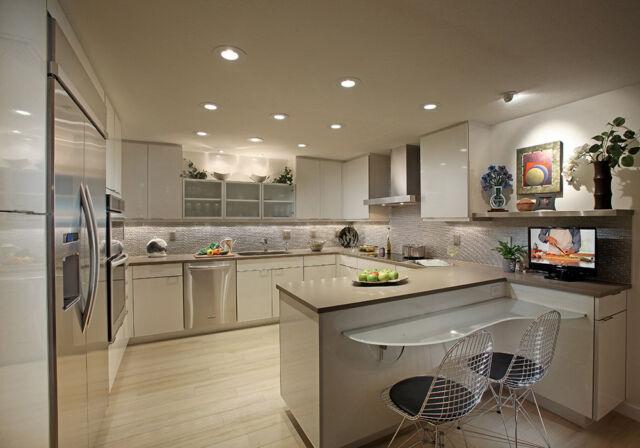 Roucher_Kitchen1